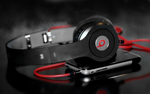 headphones-beats-by-dre